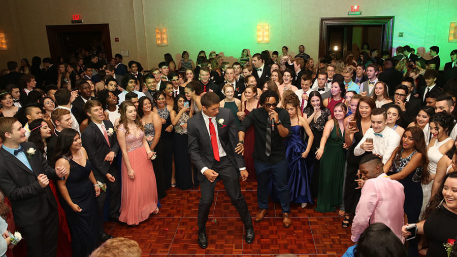 Opinion: 10 Prom Life Hacks and Tips that Every Girl Needs to Know