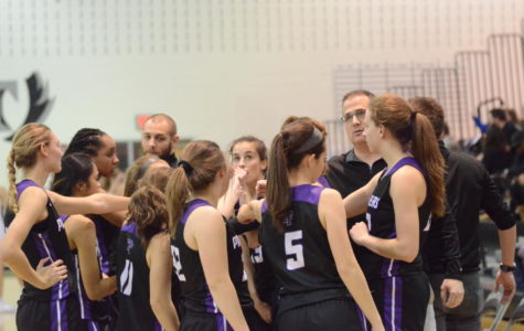 Varsity Girls Basketball has Strongest Start in 13 Years